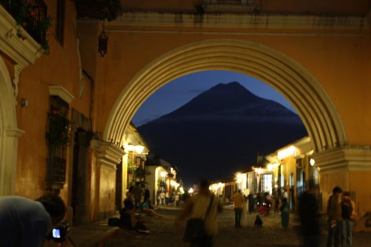 Agua Volcano at night